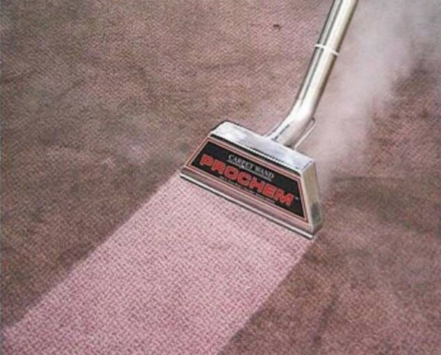 How to clean the carpet after junk removal